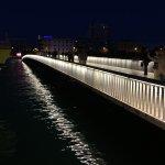 橋でも内地と旧市街はつながります