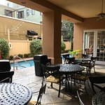 Foto de Hampton Inn New Orleans - St Charles Ave / Garden District