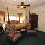 Grand Manan-king bed, oversized jacuzzi, fireplace, TV, A/C, Wifi