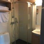 Good sized bathroom