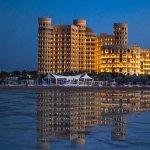哈姆拉宮海灘渡假村