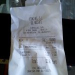 Ticket de precios menú y bebida día laborable