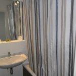 salle bains avec baignoire