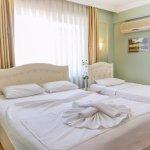 Dost Hotel Photo