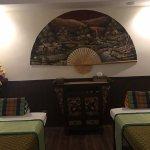 Otra sala doble, como todo el centro con una decoración autenticamente thai.