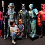 Une collection d'objets et costumes authentiques venus des studios hollywoodiens