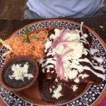 Enchiladas de Mole (265 Pesos)