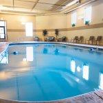 Barrington Hotel & Suites Resmi