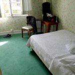 Zimmer, klein aber sauber und hell