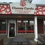 Cheese Curds Gourmet Burgers + Poutinerie의 사진