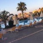 Photo de Asterias Village Resort