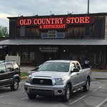 Foto van Brooks Shaw's Old Country Store