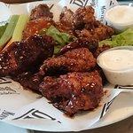 Buffalo wings (20)