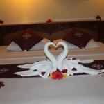 honeymoon setup, get special price for honeymoon packages at www.melastikuta.com