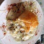 Feuilleté fruits de mer. Gigot de brebis de 7h. Tiramisu brisures de biscuit aux noix