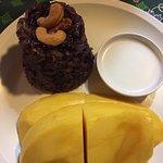 Manggo sticky rice