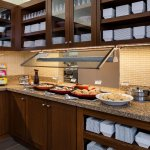 Complimentary Gallery Kitchen Breakfast included in your room