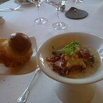 Oeuf,marmelade de truffe,artichaut,brioche parisienne.