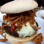 Falafel burger (v)