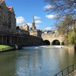 Beautiful view of Pulteney Bridge on a glorious spring day