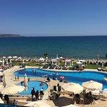 Kiani Beach Resort Photo
