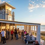 beach-side eatery serving local fare