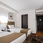 City Garden Hotel Makati Executive Superior Twin Room