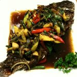 This week special. Deepfried whole Bream with tamarind sauce. Yummm.👍👍👍