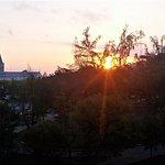 Lever du soleil sur la Place St Pierre de ma terrasse