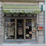 Foto van Zara 2001