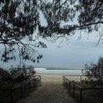 Photo de Surfer's Paradise Beach