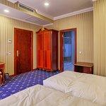 Shah Palace Hotel