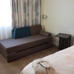 Chambre exécutive avec peignoirs et petits chaussons....