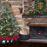 Holidays at Historic Michie Tavern