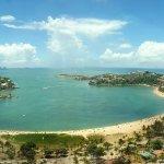 La extensa Praia do canto y curva da Jurema, desde piso 15.