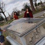 Grave in glass. So pretty!