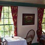 Photo de The Silver Thatch Inn