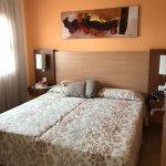 Photo de Apartamentos Leo Punta Umbria