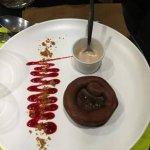 Moelleux au chocolat et son coulis de carembar