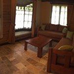 Sala Cabaña Familiar (Family Bungalow living room)