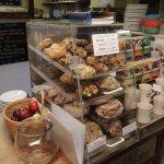 Eklecticafe - muffins, scones and cinnamon rolls