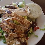 Place was full of locals at 11:30. Philly cheesesteak and small Greek salad with grilled chicken
