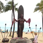Fantastic statue to honour this great athlete with the surf behind him