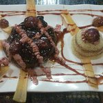 Beef Lomito with red wine reduction and grapes !