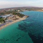 Asterias Beach Hotel Foto