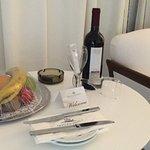 Photo de Grecian Park Hotel