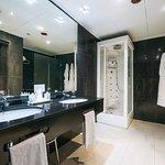 Baño habitación doble superior