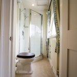 Malleson Room en-suite Shower Room