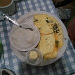 Omelette & Grits