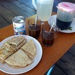 Tinopis runti (tapioca pancake) & Tenom coffee for breakfast